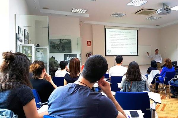 carburos metlicos celebra un curso de formacin especializada sobre gases medicinales