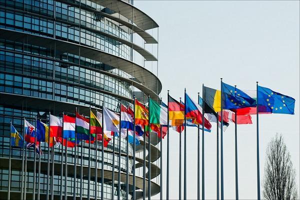 la eurocmara reclama ms medidas para combatir el sida la tuberculosis y la hepatitis c