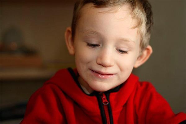 solo un tercio de las familias espanolas con un nino autista ha visitado un servicio genetico