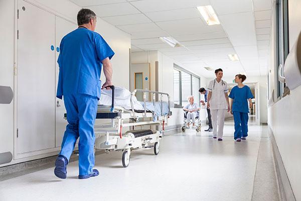 eliminar las listas de espera quirurgicas costaria 1500 millones de euros al estado