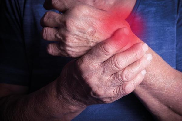 avances en el tratamiento de la artritis reumatoide con inhibidores de las quinasas janus