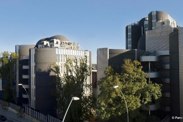 parc cientific de barcelona 20 anos apostando por la innovacion