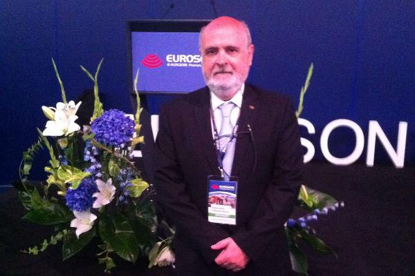 un representante de la semg imparte una ponencia en el congreso euroson