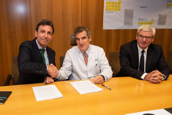 el clnic y bauschlomb desarrollarn una nueva rea quirrgica de oftalmologa