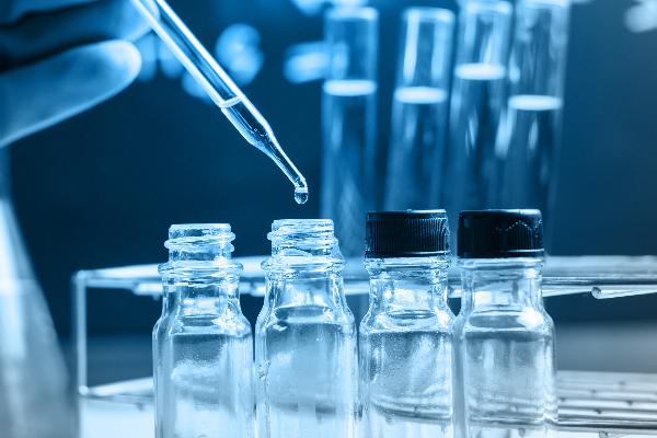 la industria farmaceutica se vuelca en la lucha contra el cancer