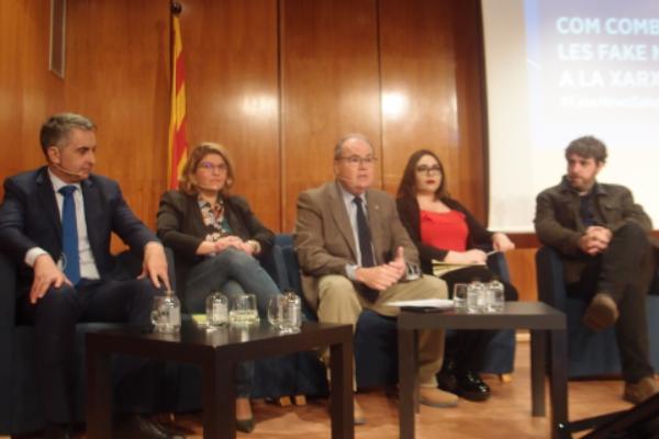 el-colegio-de-medicos-de-barcelona-aborda-las-fake-news-en-medicina