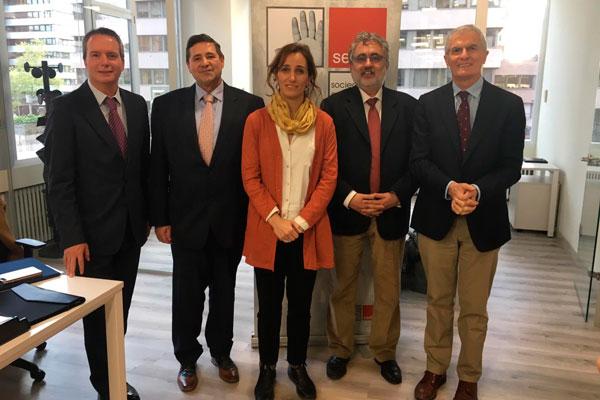 sedisa reune a representantes politicos para debatir sobre las claves sanitarias ante las elecciones generales