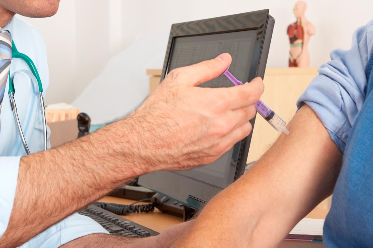 los-profesionales-de-salud-laboral-claves-para-una-correcta-vacunaci