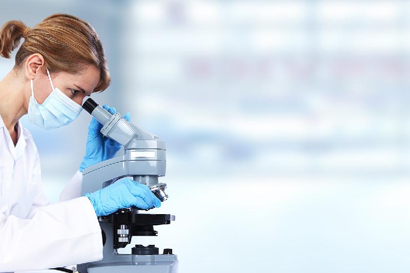 alcon-potencia-la-labor-investigadora-de-la-mujer-en-el-marco-del-prog