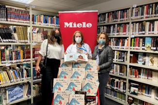 la-red-estatal-de-bibliotecas-para-pacientes-recibe-una-donacion-de-m