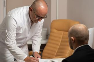 hasta-un-9-de-pacientes-con-cirrosis-alcoholica-mejoran-mientras-est