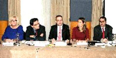 ayudas sociales y financiacion para la investigacion de las enfermedades raras centran las principales