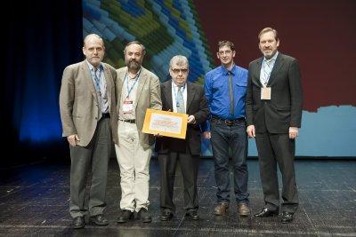 la seimc recibe el premio calcsicova