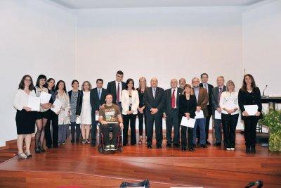 la academia premia la investigacion la solidaridad y la divulgacion de la salud