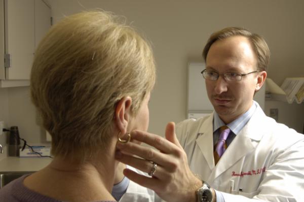 las bacterias intestinales pueden amplificar la inmunoterapia contra el caacutencer