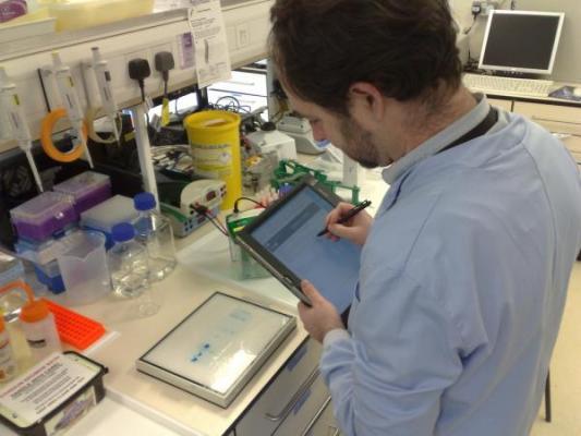 la-biotecnologia-lidera-las-especialidades-sanitarias-con-mayor-demanda-de-profesionales