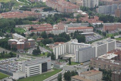 la clnica universidad de navarra y el cima potencian la investigacin biomdica