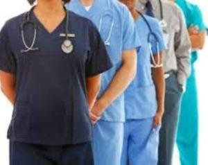 la contratacion de profesionales en el sector sanitario continua estancada