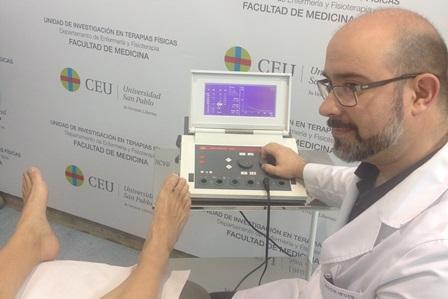 crean una prueba diagnoacutestica faacutecil no invasiva y econoacutemica para los esguinces de tobillo