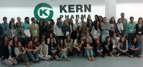 la 8ordf edicioacuten de aula fir organizada por kern pharma congrega a 77 residentes de farmacia hospitalaria