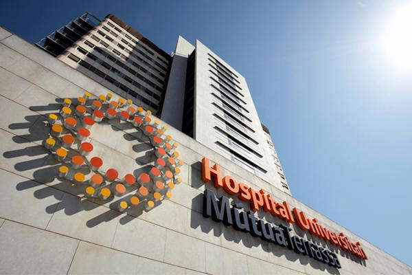 elnbsphospital universitario muacutetua terrassanbspparticipa en el diacutea de la adherencia e informacioacuten de medicamentos