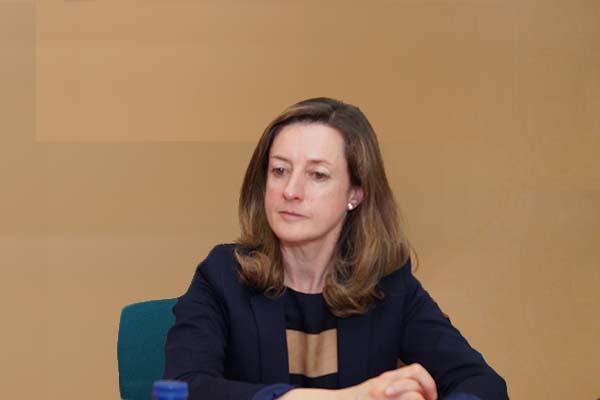 europa revisaraacute con lupa el valor de los nuevos faacutermacos hospitalarios
