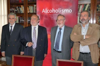 Enfermo de las psicosis alcohólicas más a menudo hacen