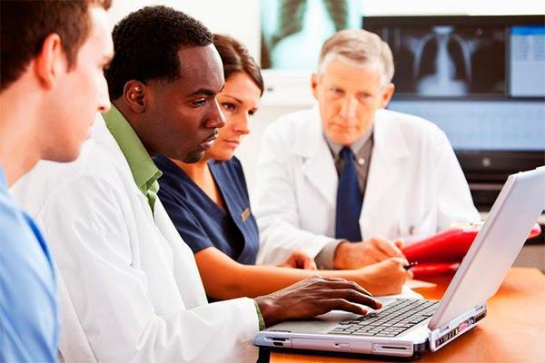 el presente y futuro de la industria sanitaria pasa por soluciones de gestioacuten de datos holiacutesticas