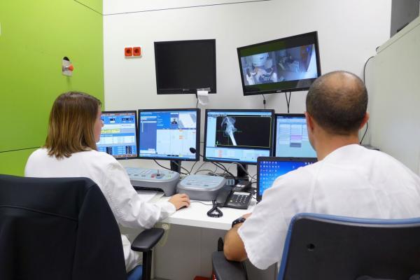 el hospital vall dacutehebron mejora su equipamiento para potenciar la oncologiacutea radioteraacutepica