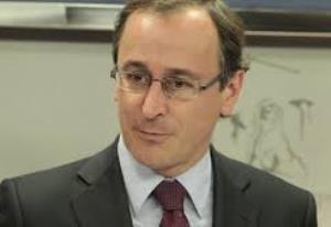 el ministro de sanidad alfonso alonso asume la presidencia del partido popular en el paiacutes vasco