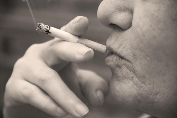 las-muertes-por-cancer-de-pulmon-superarian-a-las-del-cancer-de-mama-para-2020