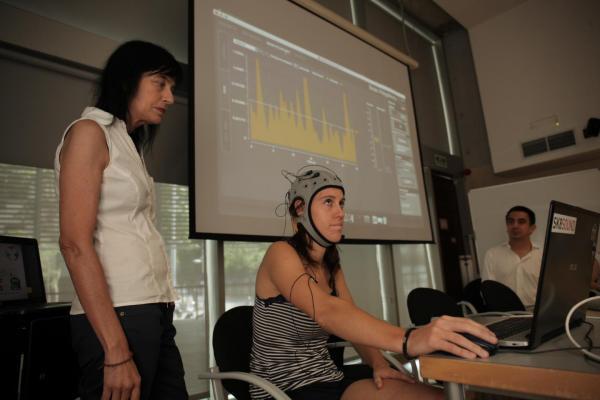 la-neurociencia-y-la-tecnologiacutea-se-unen-para-facilitar-la-comunicacioacuten-a-los-discapacitados