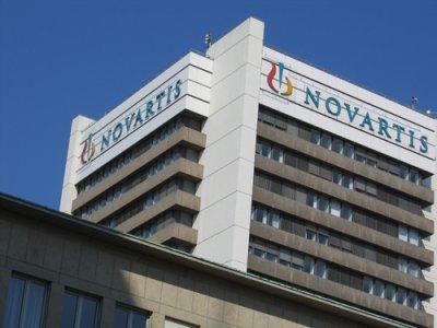 novartis compra la unidad de oncologa de glaxosmithkline por 11600 millones de euros
