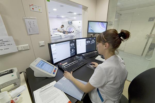 el-nuevo-tac-del-centro-medico-teknon-optimiza-la-imagen-cardiaca-con-menos-dosis-de-radiacion
