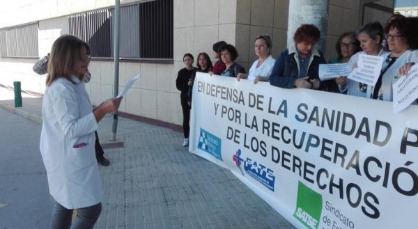 el personal sanitario sigue con las protestas para reclamar sus derechos laborales y retributivos