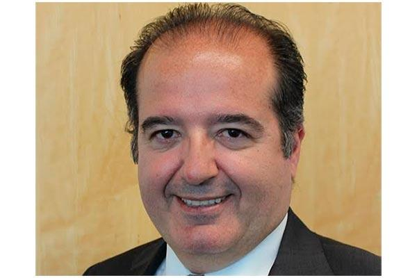 pfizer espantildea nombra a su nuevo director general