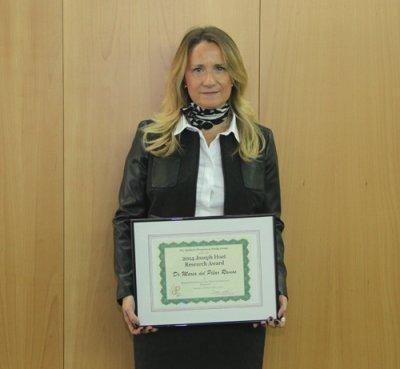 m del pilar ramos catedratica de la universidad ceu san pablo recibe el premio joseph hoet