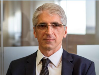 el presidente de johnson  johnson espaa enrique lvarez nombrado nuevo presidente de fenin