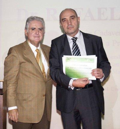 rafael lopez andujar premio nacional de cirugia 2014