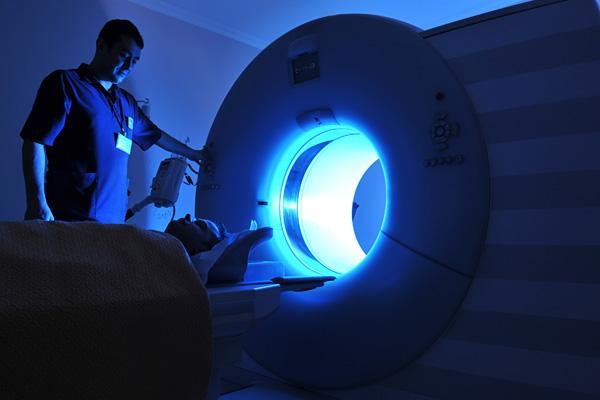 cómo se realiza la resonancia magnética de la próstata