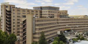saez completa la informacion sobre el futuro del hospital de salamanca en reuniones con profesionales e instituciones