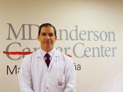 santiago gonzalez presidente electo de la sociedad europea de oncologia quirurgica