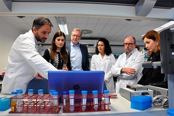 una teacutecnica del fisabio mide en tiempo real la resistencia antibioacutetica en infecciones hospitalarias